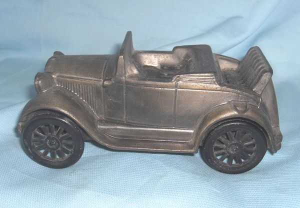 COIN BANKS: Vintage Original Coin Bank Antique Car Banthrico 1st National Bank Chicago USA