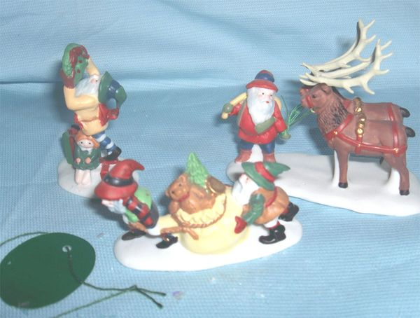 "HOLIDAY VILLAGE ACCESSORIES: Dickens Dept 56 Enesco Village Collection - ""Santa's Little Helpers"""