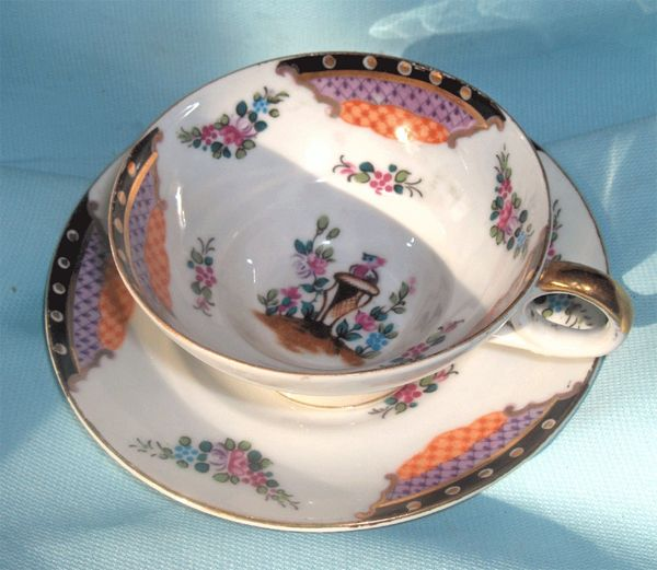 CUP & SAUCER SET: Beautiful Oriental Footed China Cup & Saucer Set with Gold Trim