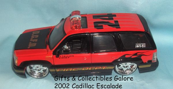 2002 Cadillac Escalade Fire Dept. Diecast Collectible Model Car 1:24 Scale Jada