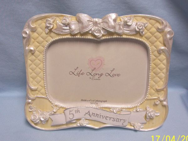 PHOTO FRAME: Free Standing Photo Fram by Enesco for 5th Anniversary