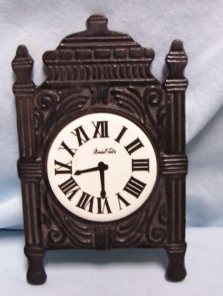 TRIVET: Vintage Old Clock Shape Black Trivet to add to your Kitchen Decor