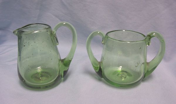 SUGAR BOWL & CREAMER: Hand-blown Green Sugar Bowl and Creamer Set by Colonial Williamsburg