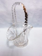 CANDY DISH: Collectible Vintage Clear Glass Brides Basket Flower Basket Candy Dish (#1)