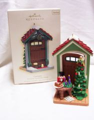 CHRISTMAS ORNAMENT - 2007 Hallmark DOORWAY TO GERMANY Christmas ORNAMENT