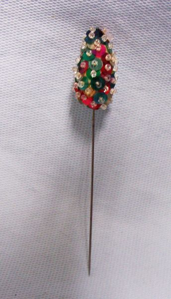 "COSTUME JEWELRY: Vintage Red & Green Sequins Hat Pin 4 1/2"" in length"