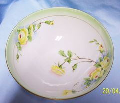 DECORATVE BOWL: Antique Royal Rudolstadt Prussia Bowl Footed Signed Hand-painted Gold Trim Yellow Roses