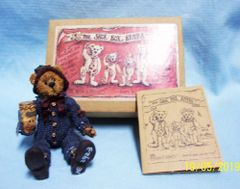 "BOYDS BEARS: ""The Shoe Box Bears"" Elias 'The Elf' Grizberg 4"" Tall with Moveable Arms & Legs"