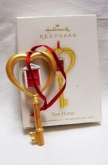 CHRISTMAS ORNAMENT 2008 HALLMARK KEY TO YOUR NEW HOME Xmas ORNAMENT