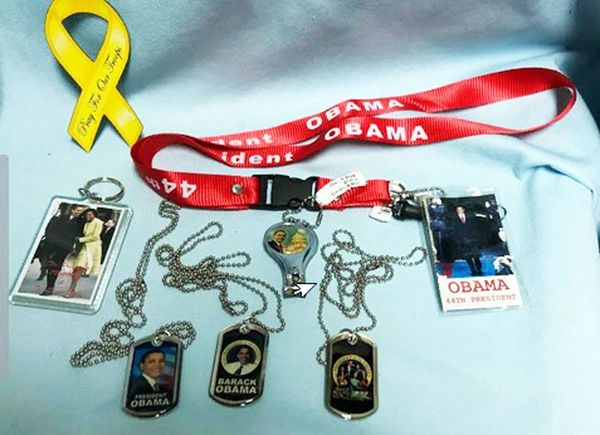 OBAMA MEMORABILIA: Set of 7 - 3 Dog Tags, Lanyard, Key Chain, Nail Clipper & More