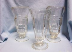 SUNDAE GLASSES: Set of (3) Vintage Ice cream Parfait Glasses Footed Soda Fountain Glasses
