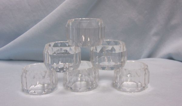 NAPKIN HOLDERS: Vintage (12) Multi Faceted Clear Panels Acrylic Napkin Rings