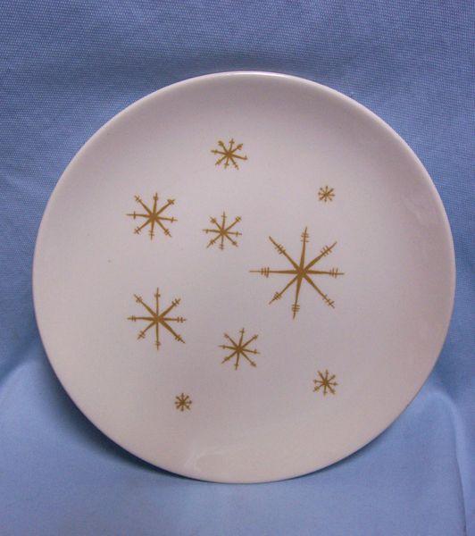 "DINNER PLATES: (5) Vintage Star Glow Ovenproof Snowflake Pattern 10 1/8"" Royal China USA"