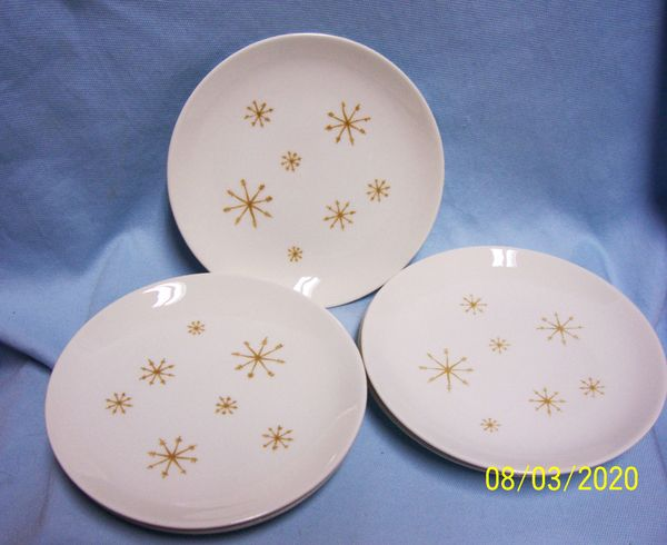 "BREAD & BUTTER PLATES: Set (7) Star Glow Ovenproof Plates Snowflake Pattern 6 3/8"" Royal USA"