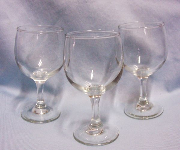 "WINE GLASESS: Bareware - Set of (3) Plain clear Glass Stemware 5 3/4"" Tall Glasses"