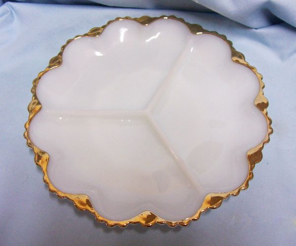 RELISH DISH: Vintage Anchor Hocking Fire-King Vintage Milk Glass Divided Dish Gold Trim