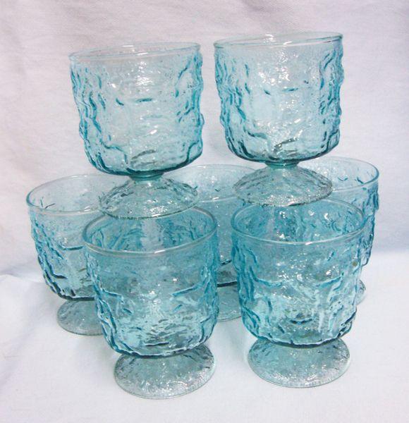 BAR GLASSES/DESSERT BOWLS - (7) Vintage Anchor Hocking Glass Aquamarine On the Rocks Glasses