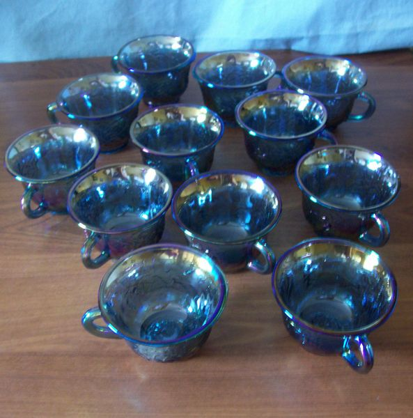 CUPS: Vintage Blue Iridescent Carnival Glass Harvest Grape Snack Cups by Indiana Glass