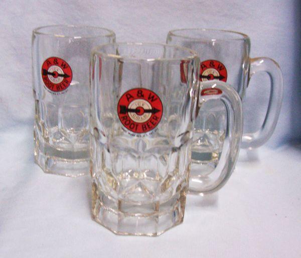 MUGS: Vintage Collectible Set of (3) A & W Root Beer Mugs w/Target Circle Logo