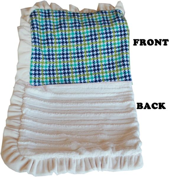 DOG BLANKETS: Pet Blankets Luxurious Fabric Washable Reversible Sizes From Carrier to Jumble - (5) PLAID DESIGNS