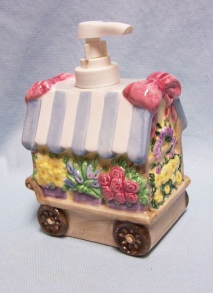 "SOAP DISPENSER 1997 Hand Pump Ceramic Allure Flower Cart Shape 4"" x 3 3/4"" x 6"""