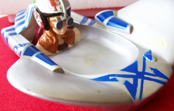 "1999 Star Wars Soap Dish Space Craft Lucasfilms Rubber like material 8 1/2"" L x 5 1/2"" W x 3 1/4"" H"