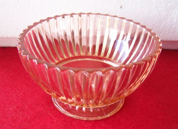 """Sherbet/Dessert Bowl Vintage Footed Queen Mary Ribbed Pink Depression Bowl 3 3/4"""" Dia."""