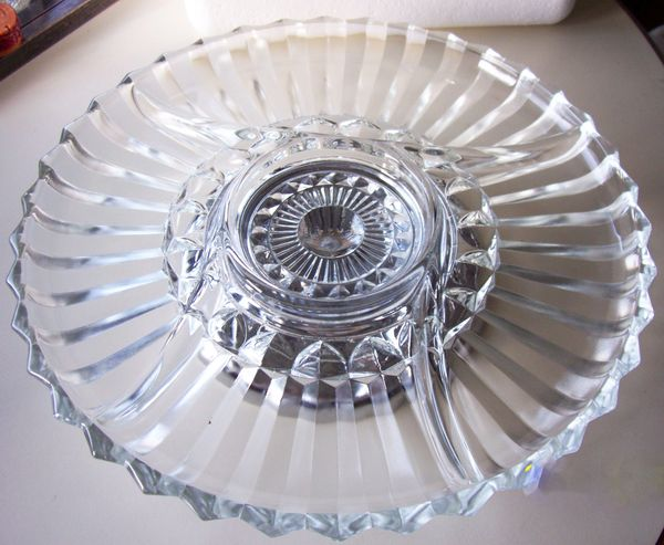 "Indiana Glass Vintage Appetizer Glass 5 Divided 11.75"" Dia Plate Metal Pedestal Turn Table/Lazy Susan"