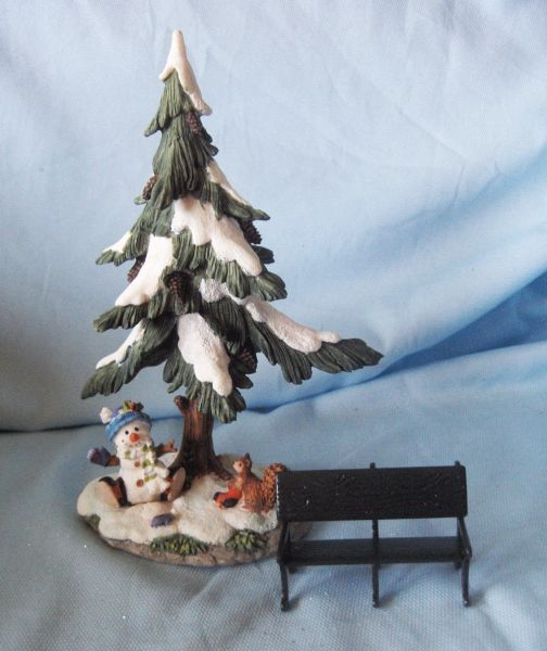 Collectibles: Christmas Vintage Village Accessories Large Christmas Tree, Village Park Bench, Cat