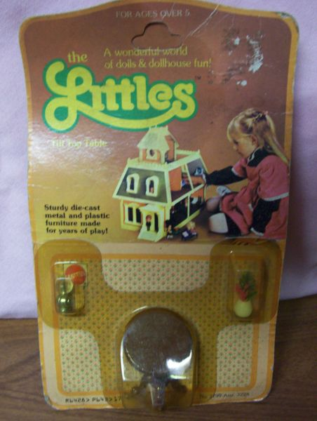 DOLLHOUSE FURNITURE Miniature The Littles Tilt Top Table with Lamp & Plant 1980s