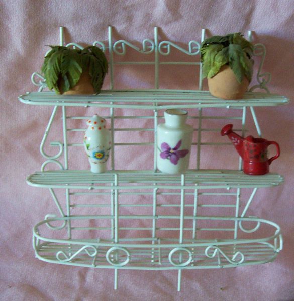 DOLLHOUSE FURNITURE Accessories Plant Stand w/Pots, Vases Watering Can 1980s