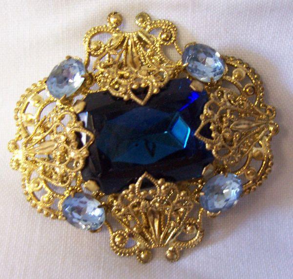 BROOCH: Vintage Art Deco Filigree Brooch Colbalt Blue Stone with Lt Blue Rhinestones