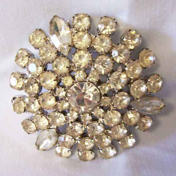 BROOCH PIN: Vintage Gorgeous Round Brooch Clear Facet Glass & Flat Rhinestones Gold Plated