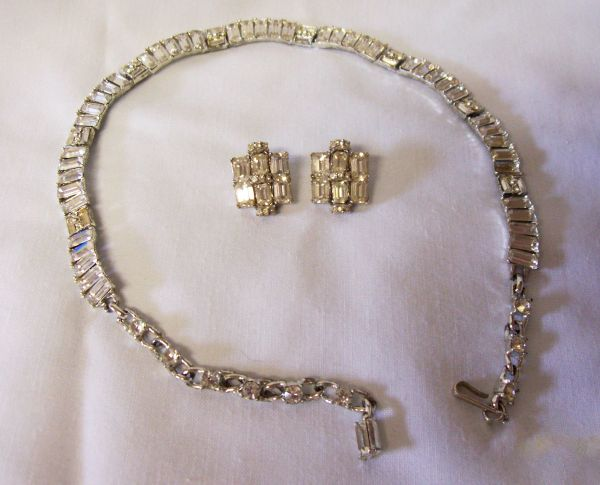 NECKLACE SET: Vintage Necklace & Pair Earrings Rhinestone Set Rhodium Plated Jewelry Signed BOGOFF