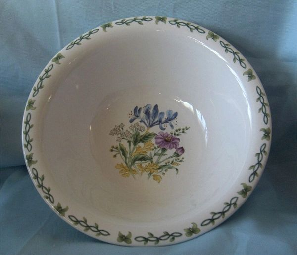 """VEGETABLE SERVING BOWL Thomson Pottery Oval White Floral Garden Flowers 9"""" D"""