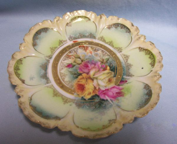 BOWL Vintage Shallow Octagon Bowl Multi-color Roses Scalloped Edging Gold Trim