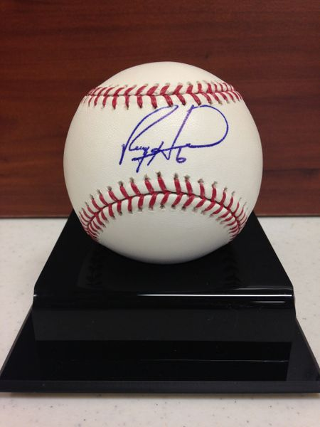 ***RYAN HOWARD*** Signed and Certified by GA (Global Authentics) Official Major League Baseball - Certification # GV704739