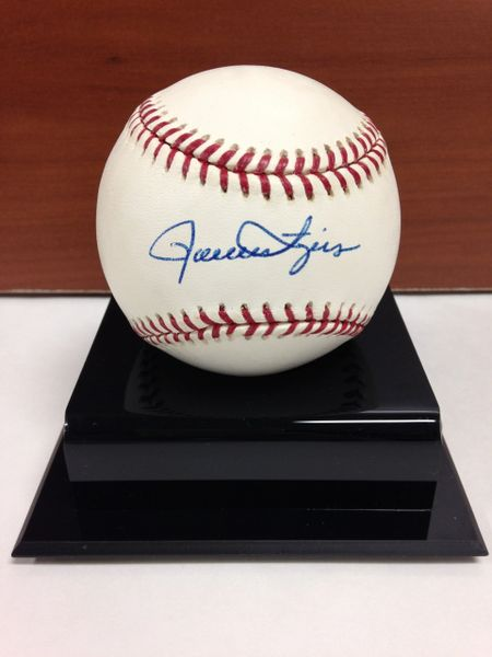 ***ROLLIE FINGERS*** Signed and Certified by GA (Global Authentics) Official Major League Baseball - Certification # GV546914