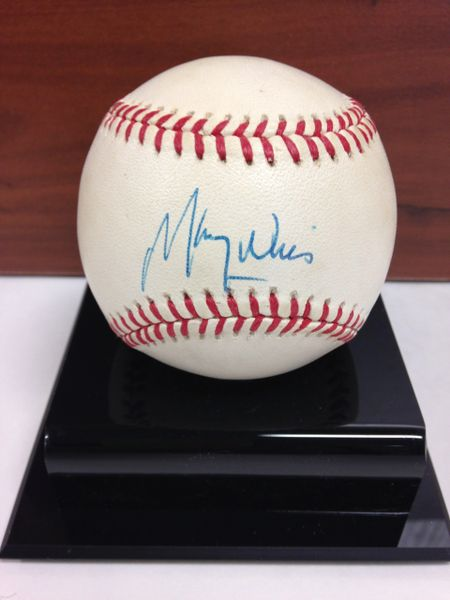 ***MAURY WILLS*** Signed and Certified by GA (Global Authentics) Official National League Baseball - Certification # GV546148