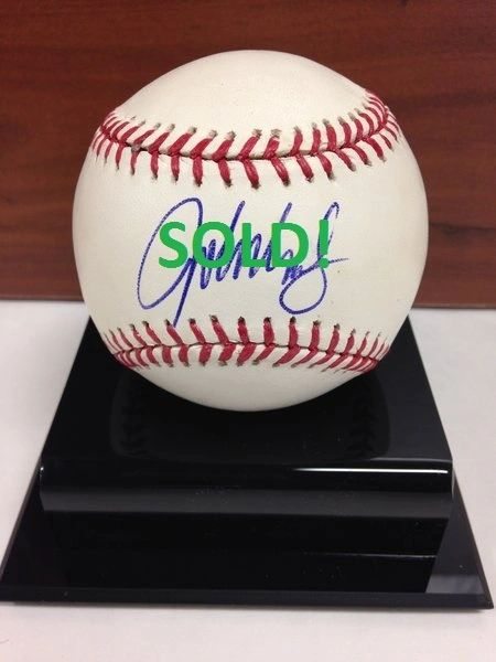 ***JOHN SMOLTZ*** Signed and Certified by GA (Global Authentics) Official Major League Baseball - Certification # GV483732
