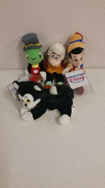 PINOCCHIO 4 PC. SET (Figaro, Jiminy Cricket, Geppetto, Pinocchio) Mini Bean Bag - Disney