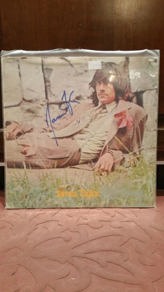 James Taylor **JAMES TAYLOR** Signed & Certified LP Cover with vinyl record - GV525046