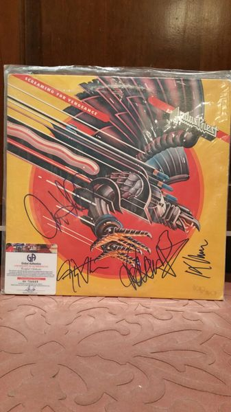 Judas Priest **SCREAMING FOR VENGEANCE** Signed & Certified LP Cover with vinyl record - GV704949 - signed by: Rob Halford, K. K. Downing, Ian Hill, Glenn Tipton