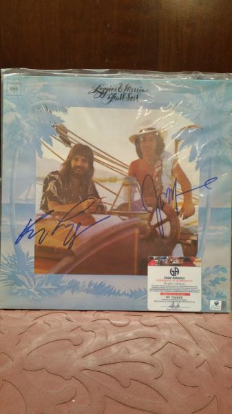 Loggins & Messina **FULL SAIL** Signed & Certified LP Cover with vinyl record - GV704895 - signed by: Kenny Loggins, Jim Messina