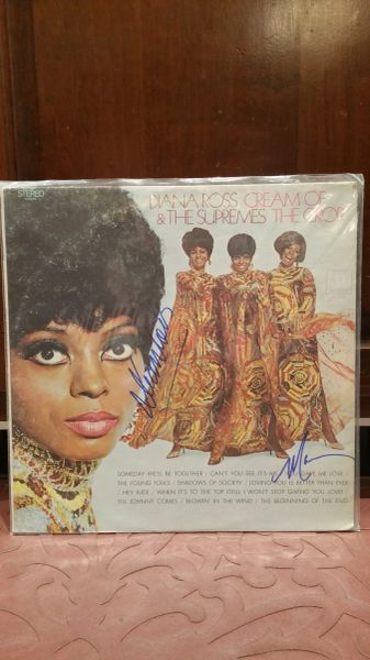Diana Ross & The Supremes **CREAM OF THE CROP** Signed & Certified LP Cover with vinyl record - GV586168 - signed by: Diana Ross, Mary Wilson