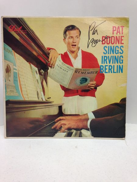 Pat Boone **SINGS IRVING BERLIN** Signed & Certified LP cover with vinyl record - GV513719