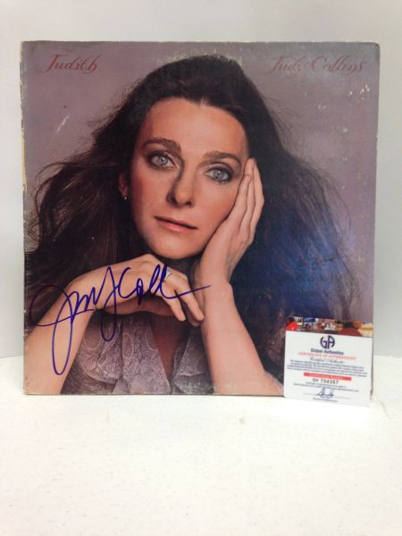 Judy Collins **JUDITH** Signed & Certified LP Cover with vinyl record - GV704357