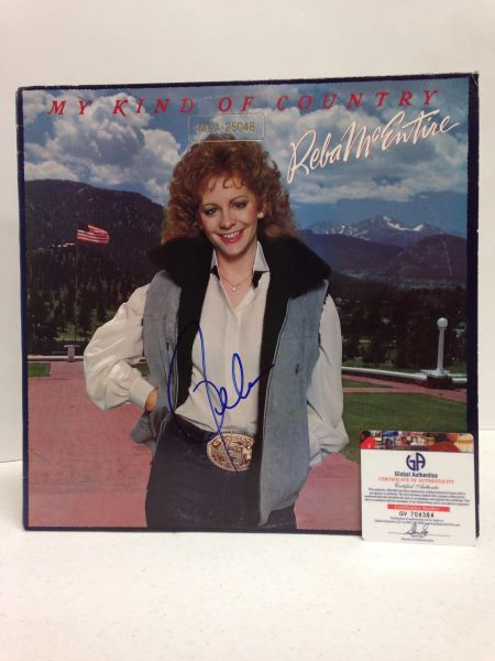 Reba McEntire **MY KIND OF COUNTRY** Signed & Certified LP Cover with vinyl record - GV704384