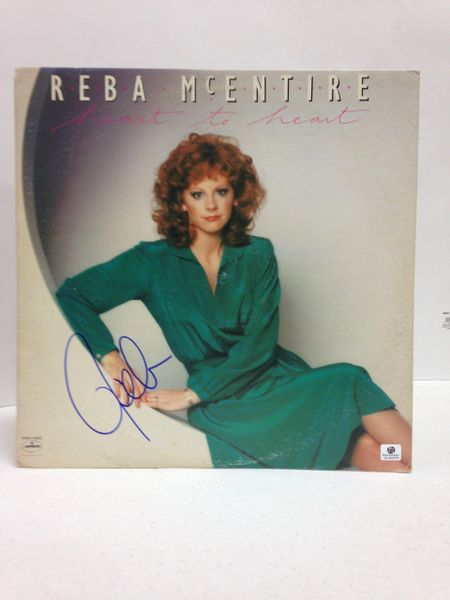 Reba McEntire **HEART TO HEART** Signed & Certified LP Cover with vinyl record - GV546974
