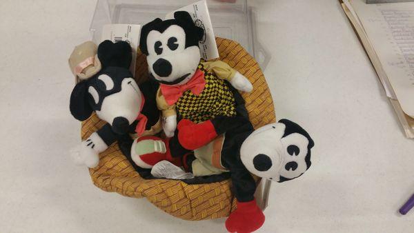 MICKEYS IN A HAT Mini Bean Bag Set - Disney